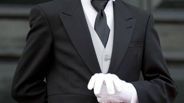 ホテルのコンシェルジュの仕事、就職・転職、給料、採用・求人情報を知る_アイキャッチ